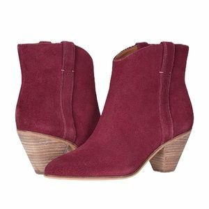 FRYE AND CO suede ankle boots
